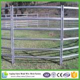 Панели загородки лошади зеленого цвета покрынные используемые