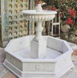 Piccola fontana di pietra di marmo bianca del giardino per la decorazione del giardino