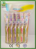 Toothbrush adulto das vendas quentes do ano 2017 com Lingüeta-Líquido de limpeza