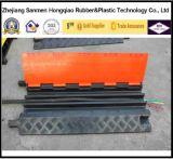 Китайский пол заволакивания кабеля дороги эластичного пластика канала экспорта 3 фабрики