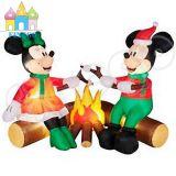 Mickey Mouse gonfiabile ed albero di Natale