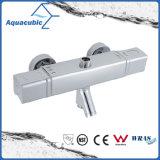 Barra de mezclador de barra cuadrada Set de ducha Válvula termostática con canalón para bañera (AF7371-7)