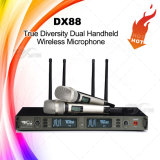 Micrófono verdadero de la radio de la diversidad de la frecuencia ultraelevada Dx88