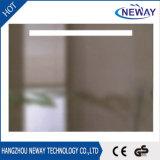 Espelho fixado na parede do banheiro da tela de toque do diodo emissor de luz da parede do Sell quente