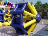 0.9mm PVC Tarpaulin Inflável Wate Roller para Water Park