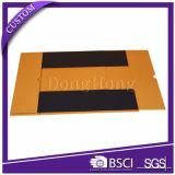 Contenitore di regalo piegante di carta del cartone di lusso dell'oro con il nastro nero
