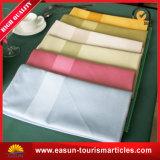 Venda por grosso de poliéster bordadas toalhas para avião