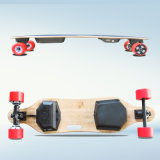 Planche à roulettes électrique à quatre roues de Longboard de moteur duel avec à télécommande