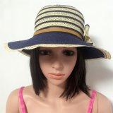 100% del sombrero de paja, estilo de la manera de señora con las rayas y las flores de la decoración