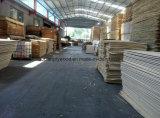 Visite nuestro comprador de contrachapado de madera de pino desde Rusia
