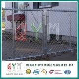 Cerca metálica revestida de PVC e sistema de injeção