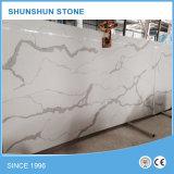 Controsoffitti & parti superiori di pietra bianchi di vanità per la stanza da bagno e la cucina