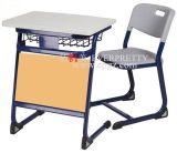 Scrittorio & presidenza antichi del mobilio scolastico singoli