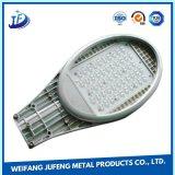 Lámpara LED de la calle de estampación OEM de la Vivienda para laminación de imán permanente
