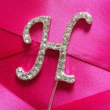 De Brief a van het Monogram van het bergkristal aan de Cake Topper van het Huwelijk van Z