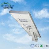 Smart lumière LED de plein air 30W Rue lumière solaire intégré avec télécommande