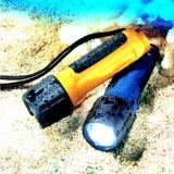 LEIDEN Waterdicht Flitslicht voor het Duiken of Regenachtige Dag