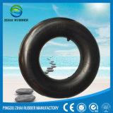 Sports aquatiques nageant le tube de flottement de boucle
