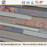 Pietra della parete e mattonelle di mosaico di vetro
