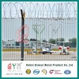 Hoher überzogener Y Typ Pfosten-Flughafen-Zaun des Sicherheits-Rasiermesser-Draht-Flughafen-Fence/PVC