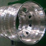 トラックかバスによって使用される造られたアルミニウム車輪22.5X9.00をカスタマイズしなさい