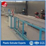 Máquina de extrusão de tubos de PVC Soft Garden com design espiral colorido