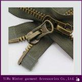 Fermeture à glissière en métal nylon laiton Verrouillage automatique du processus de couture pour sac