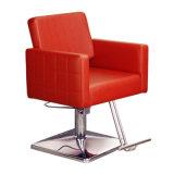 Salon, der den Stuhl-Herrenfriseur anredet Stuhl mit geformten Schaumgummi-Sitzen anredet