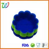 Moulages colorés respectueux de l'environnement de gâteau de silicones de forme de fleur