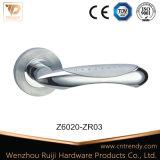 이탈리아 디자인 아연 문 손잡이 로즈 (Z6005-ZR03)에 단단한 레버 손잡이