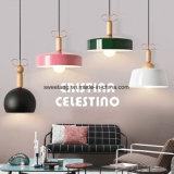 Hauptentwurf, der hängendes Licht für Dekoration hängt