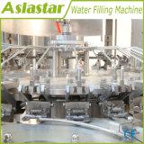 3 en 1 l'eau minérale en bouteille monobloc Machine de remplissage