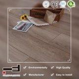 12mm Revêtement de sol stratifié de chêne blanc ciré pour chambre à coucher avec licence et certificat CE
