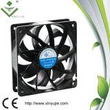 120*120*32mm Inline-Extraktion-Plastikventilator Gleichstrom-Kühler-Wüste des Gleichstrom-Kühlvorrichtung-Ventilator-2200rpm