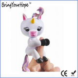 新しい対話型指はからかうおもちゃのパペットFingerlingsの赤ん坊のユニコーン(XH-FL-002)を