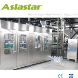Completamente automática Máquina de Llenado de agua mineral.