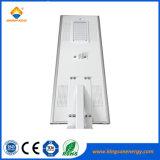 Kingsun 50W todo en una luz de calle solar al aire libre del LED