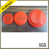 Moulage rouge de chapeau de couvercle de boîte à sucrerie de taille différente