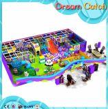 Спортивная площадка парка атракционов детей крытая с игрой шарика