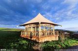 Luxuxfeiertags-Kapazitäts-Zelt-lebendes hölzernes Haus
