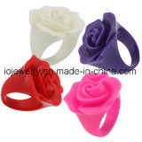 Gli anelli della Rosa della resina del regalo di giorno del migliore biglietto di S. Valentino