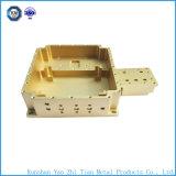 China-CNC maschinell bearbeitetes Teil mit mechanischem elektrischem Kasten