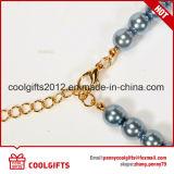 Estrangulación pendiente azul del laminado de la perla de la mujer de la dignidad y del collar del diamante
