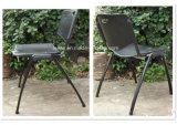 Leichter Stapel-Stuhl mit Tablette für Option (LL-0003)
