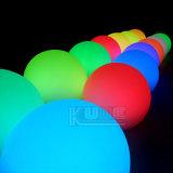 Lampada decorativa cambiante della sfera di galleggiamento di colore del LED per il giardino
