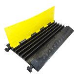 頑丈で適用範囲が広い5つのチャネルケーブルカバーゴム製ケーブルの減速バンプの保護装置