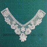 Reticolo ricamato solubile in acqua del collare del merletto del Crochet delle cravatte del cotone di modo