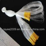黄色い縁の白いマルチフィラメントの釣り道具のナイロン魚のネット