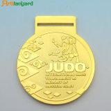 주문을 받아서 만들어진 가득 차있는 3D 금속 메달 도금 금