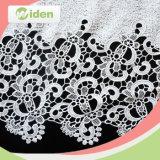 Vía Poliéster patrón de cuadrícula de diseño floral de la tela del cordón químico